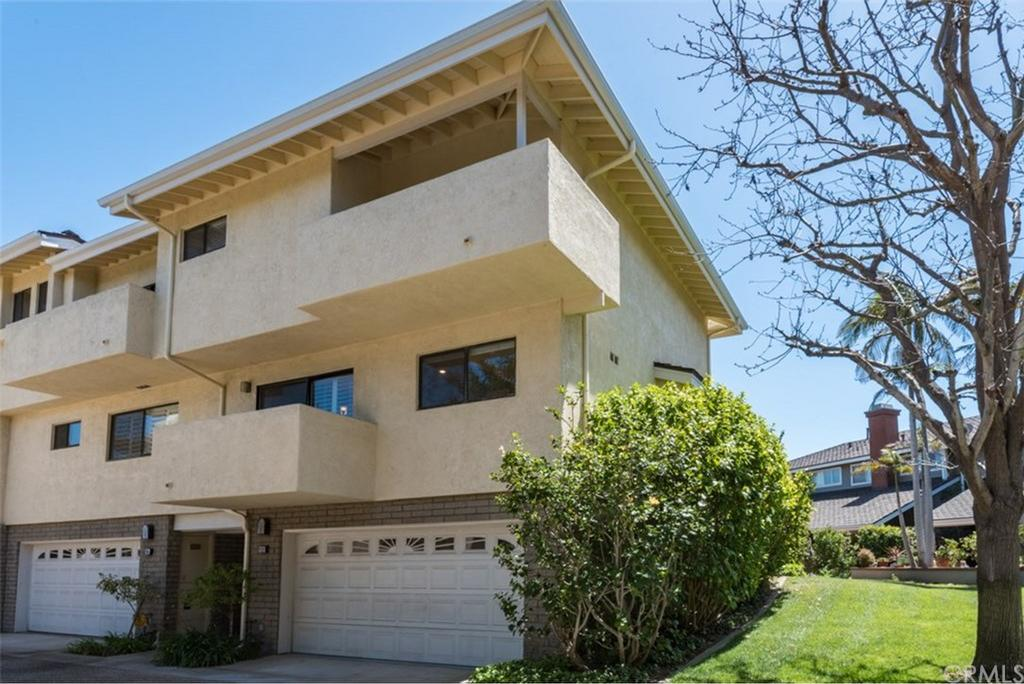 12 Grenada Court Manhattan Beach CA