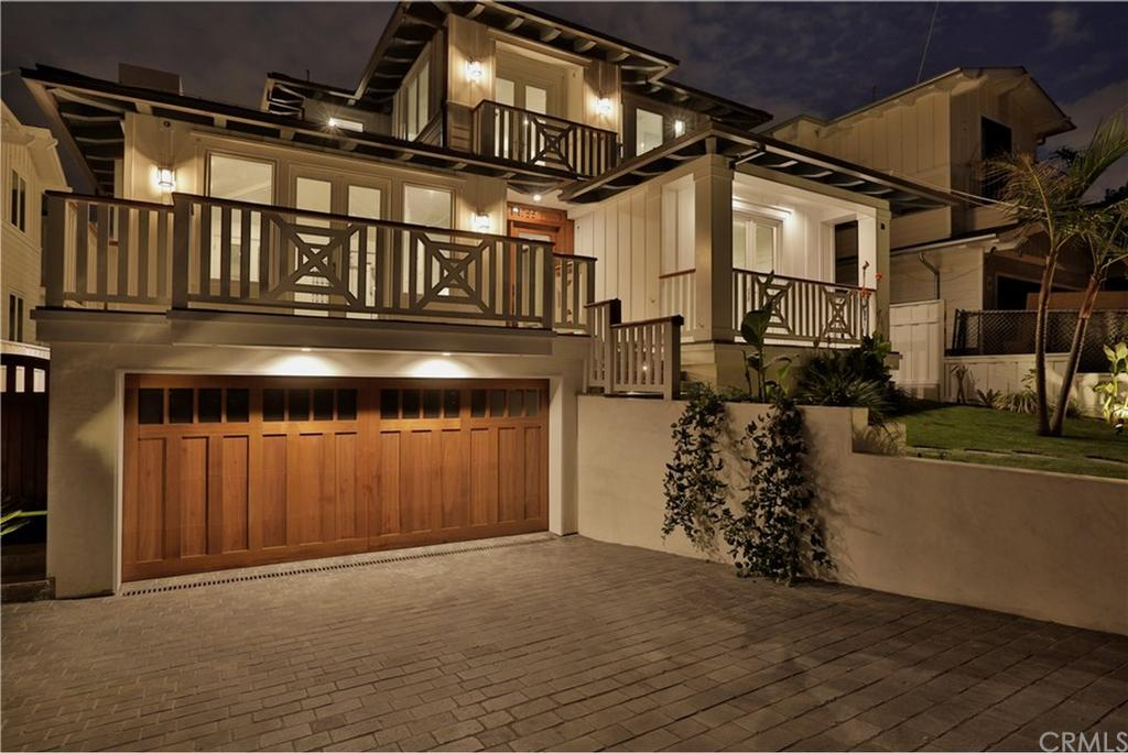 1755 8th Street Manhattan Beach CA