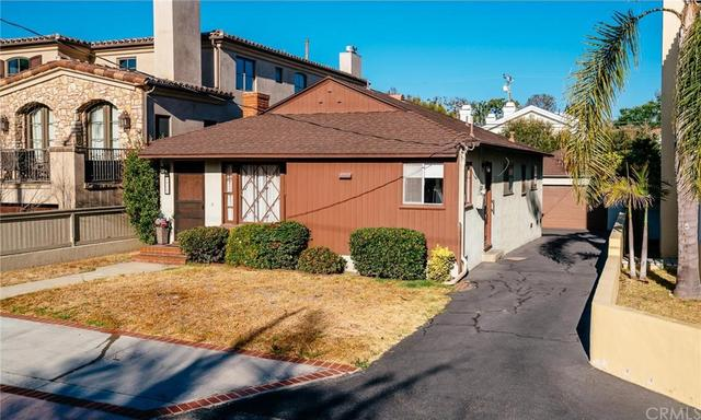 1825 Walnut Avenue Manhattan Beach CA