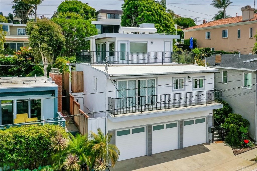 1944 N Ardmore Avenue Manhattan Beach CA