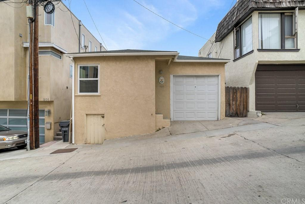 205 37th Place Manhattan Beach CA