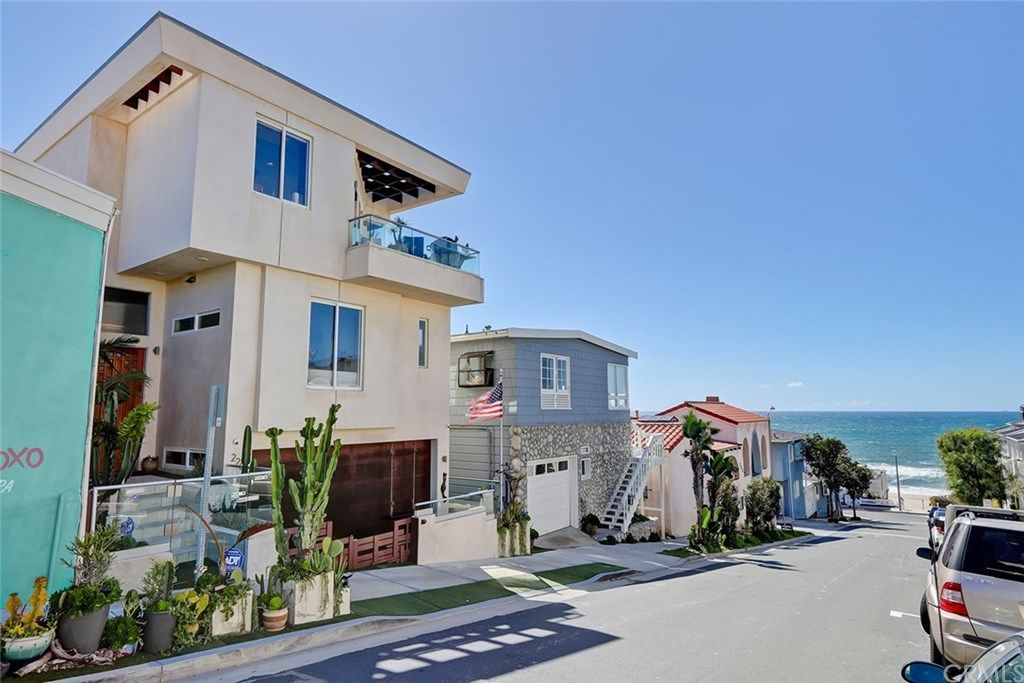 228 33rd Street Manhattan Beach CA