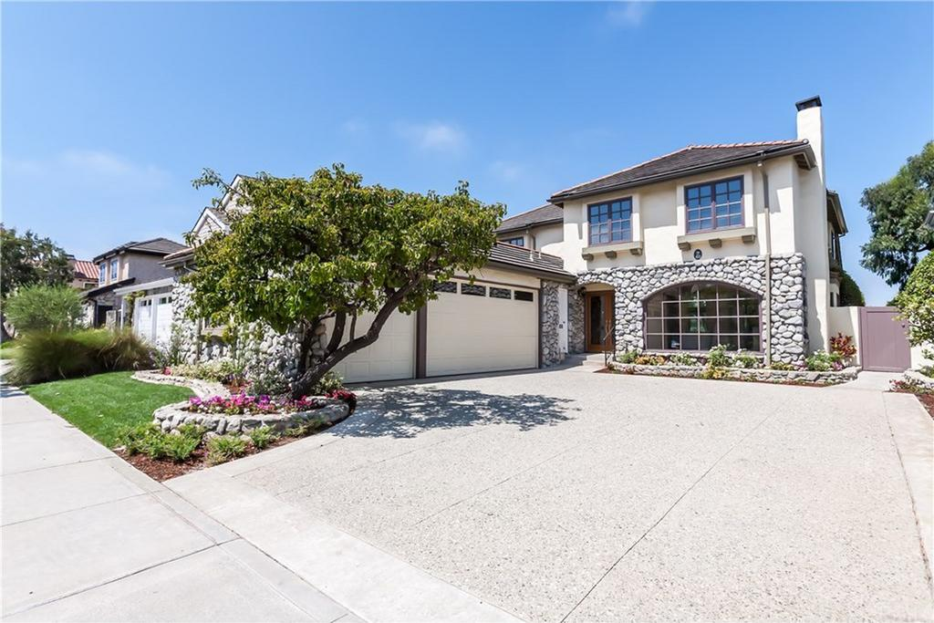 23 Village Circle Manhattan Beach CA