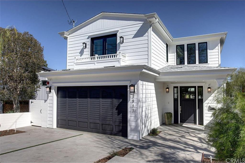 2512 Palm Avenue Manhattan Beach CA