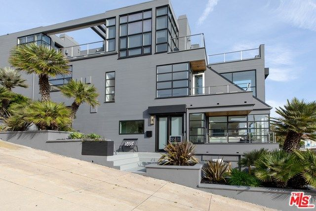304 26th Street Manhattan Beach CA