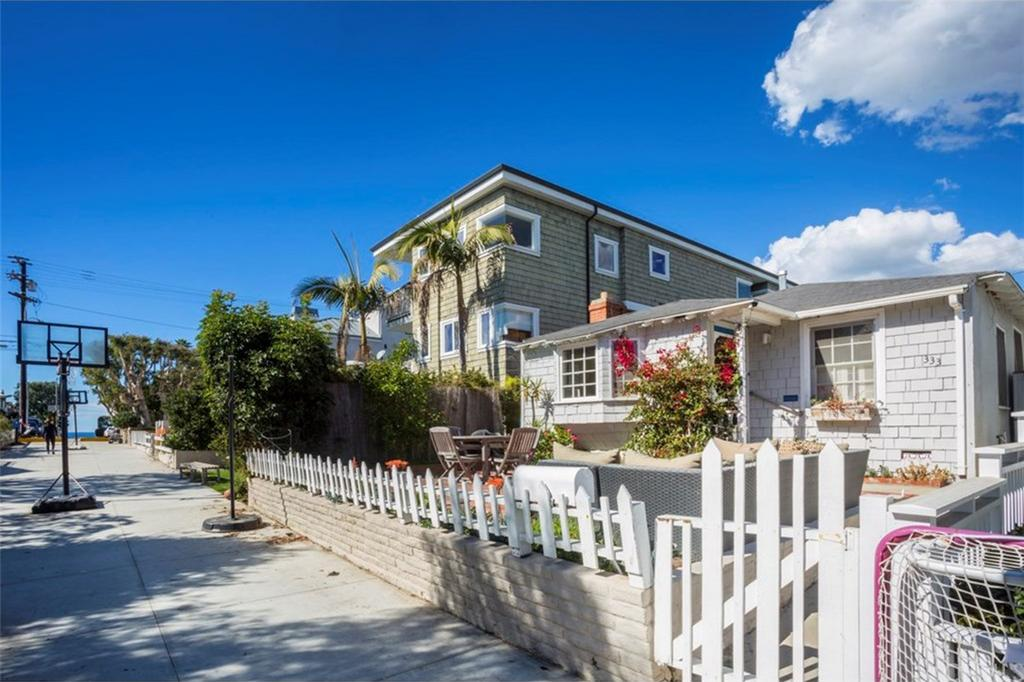 333 7th Street Manhattan Beach CA