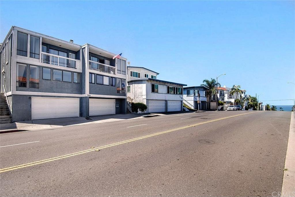 748 Manhattan Beach Boulevard A Manhattan Beach CA
