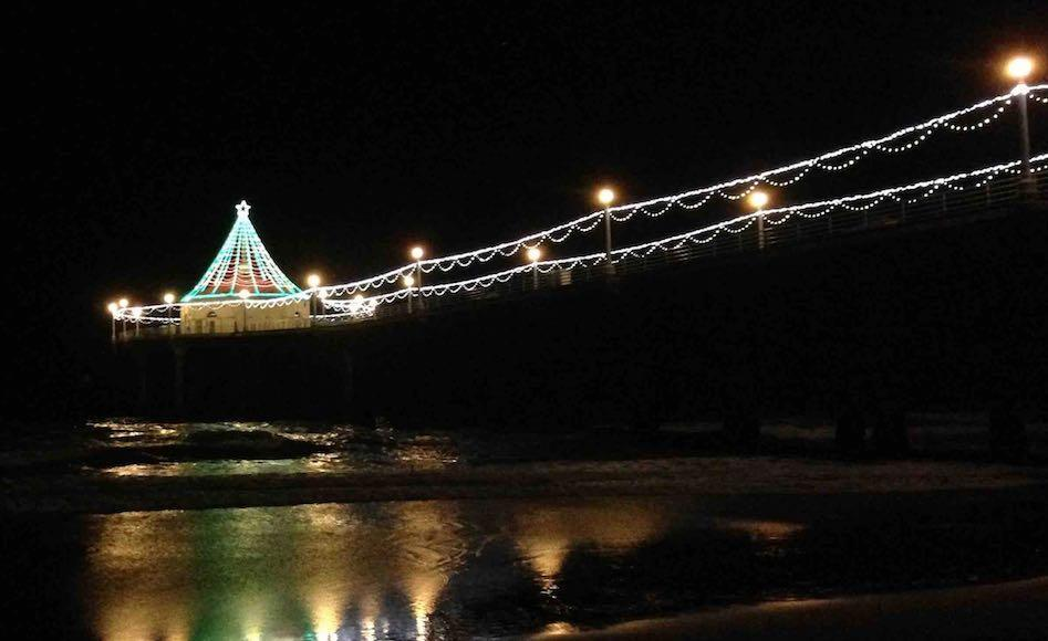 manhattan-beach-pier-holiday-lights